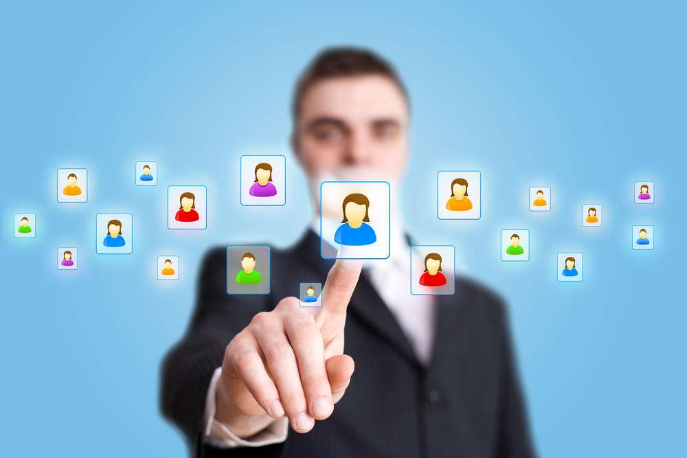Бизнесмен и значки пользователей