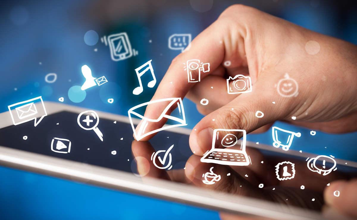 Белые символы над экраном смартфона